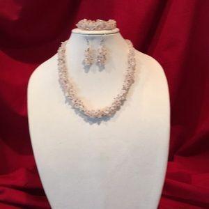 Rose quatz Chip Necklace